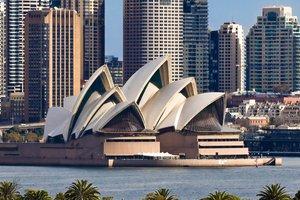 2014 - Entering Australia